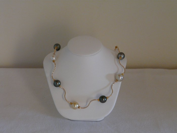 CATCH THE WAVE!!! Authentic South Sea Pearl Necklace