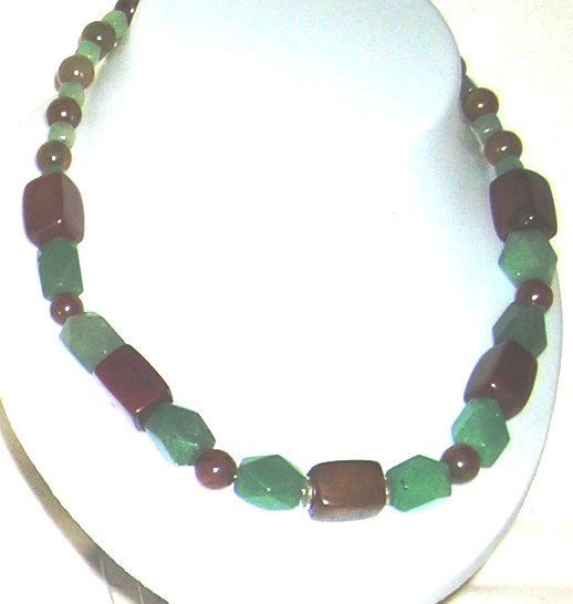 Brown Jade and green Aventurin necklace