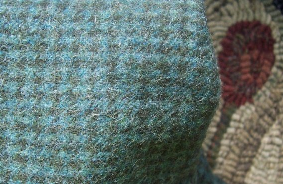 Prim Turquoise - mill dyed RUG HOOKING WOOL