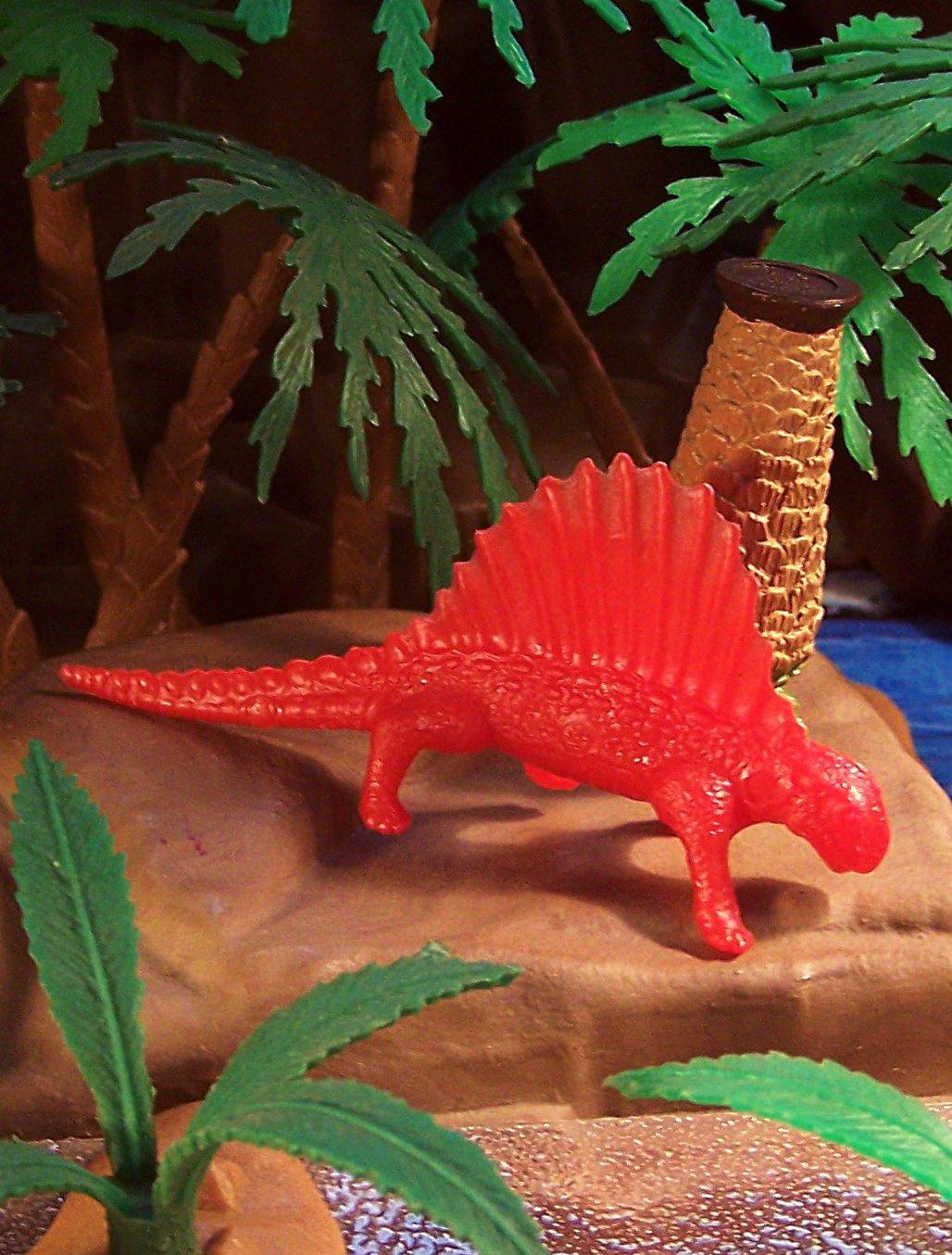 MPC (1962 mold*) Dimetrodon (Mold #28) Reptile, Dinosaur Series, Red (8-7-21)