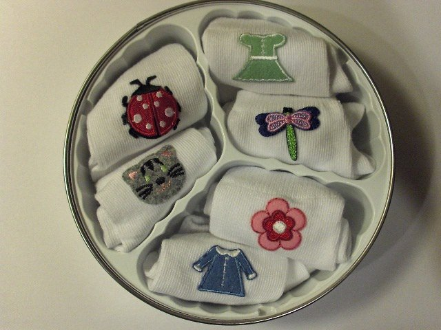 New Sockerdoodles infant girl socks 6 pairs various fun designs fits ages 6-12 months