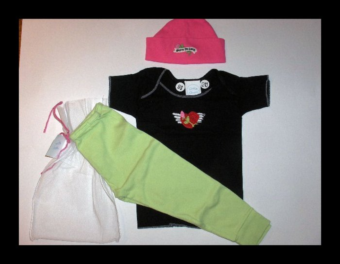 New Best of Chums gift set Boutique Born to Love black short sleeve set size 6 months girls