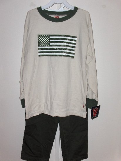 New Boys Size M Wes and Willy Putty long sleeve flag tee olive green cargo pants