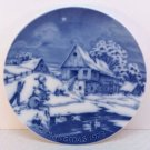 Vtg Royale Blue Winter China Christmas plate 1973 children feeding ducks snow scene West germany