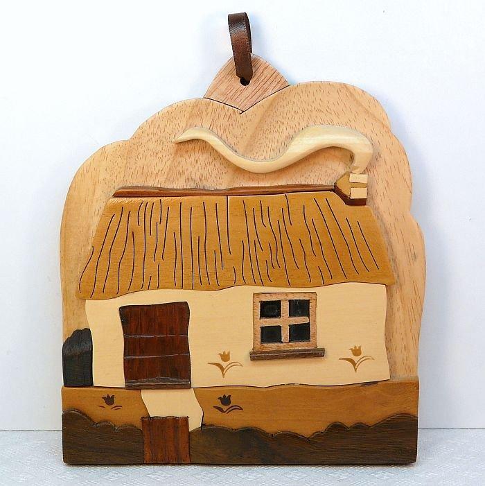 Irish cottage wall plaque islandcraft celtic carvings
