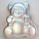 Vintage Wilton Huggable Teddy bear cake pan 502 3754 1982