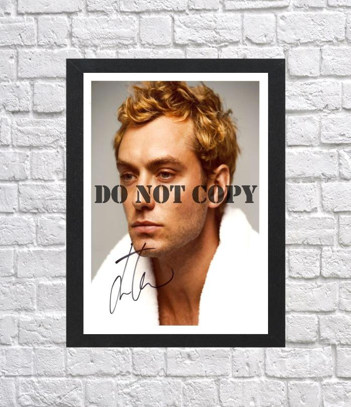 """Jude Law Autographed Signed Photo Poster 2 mo1157 A2 16.5x23.4"""""""