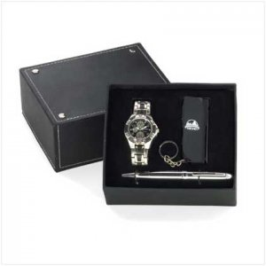 Men's Gift Box with Watch and Multi-tool