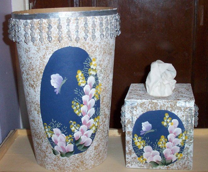 Blue Flowered Bath Set