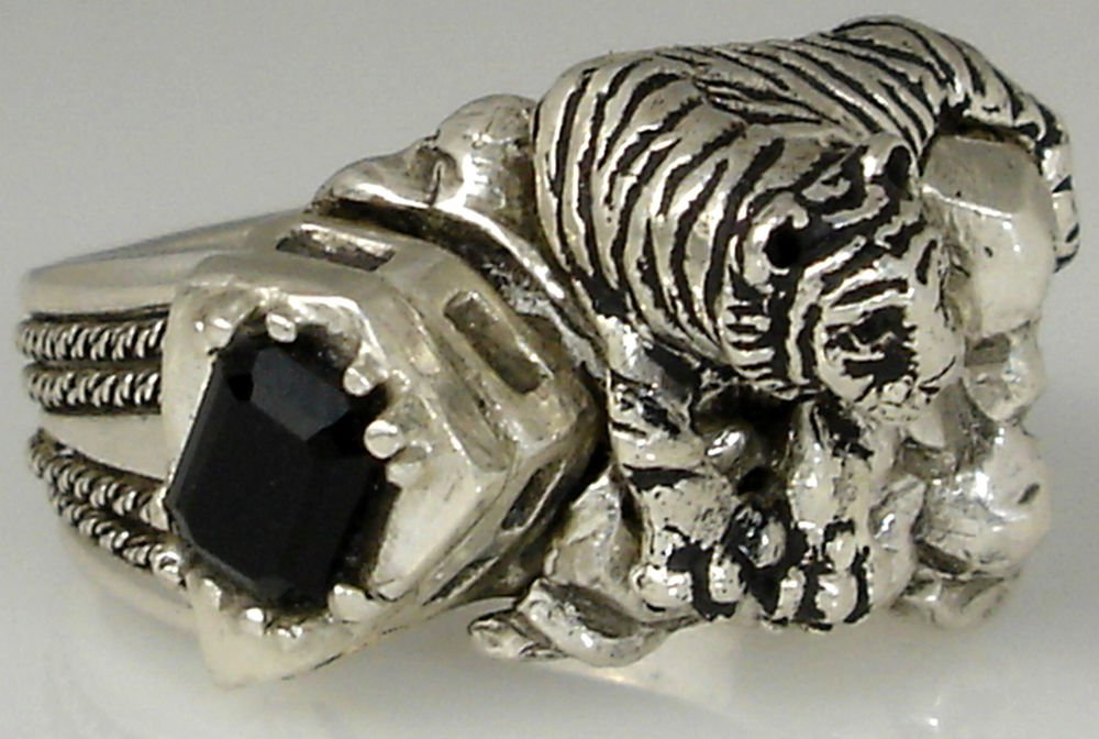 White Bengal Tiger     sterling silver Onyx ring