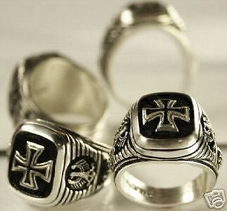 Iron  Cross,Eagle Signet ring....Sterling Silver,Lge