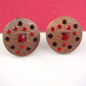 Greece Fashion designed Pink Clip Earring