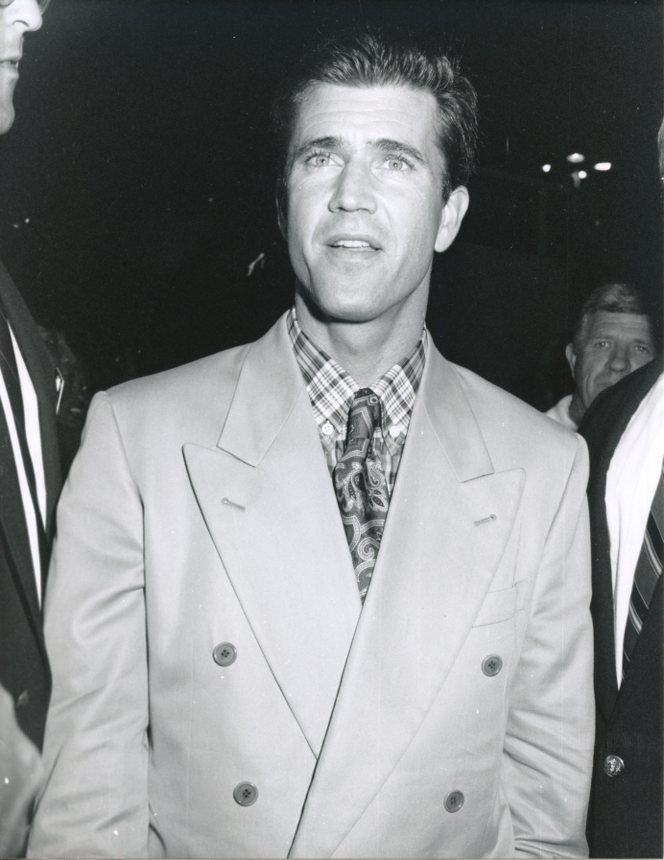 Mel Gibson 7x9 Original glossy photo #X0984