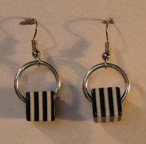 104(Inventory#) Black and white strip square earrings