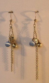 144(Inventory#) Silver beads earrings
