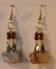 135(Inventory#) Yellow Flower Beads Earrings