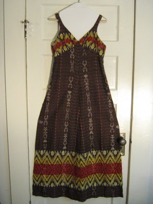 Groovy 1970s Empire-Waist A-Line Fall Maxi Dress