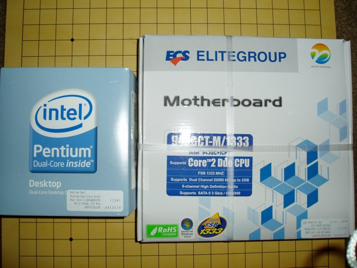 NEW Intel E2200 Dual Core CPU & ECS 945GCT-M/1333 v 3.0  combo
