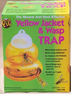BEE HIVE SHAPE YELLOW JACKET & WASP TRAP NO CHEMICAL GREAT FOR FLYS TOO