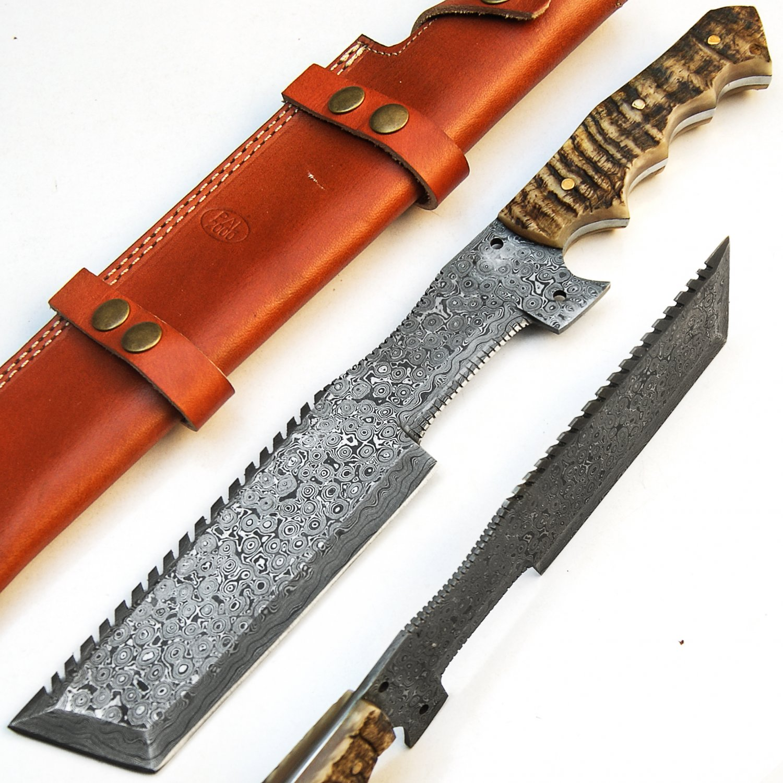 Custom Handmade Damascus Steel Hunting Tracker Knife Top Quality
