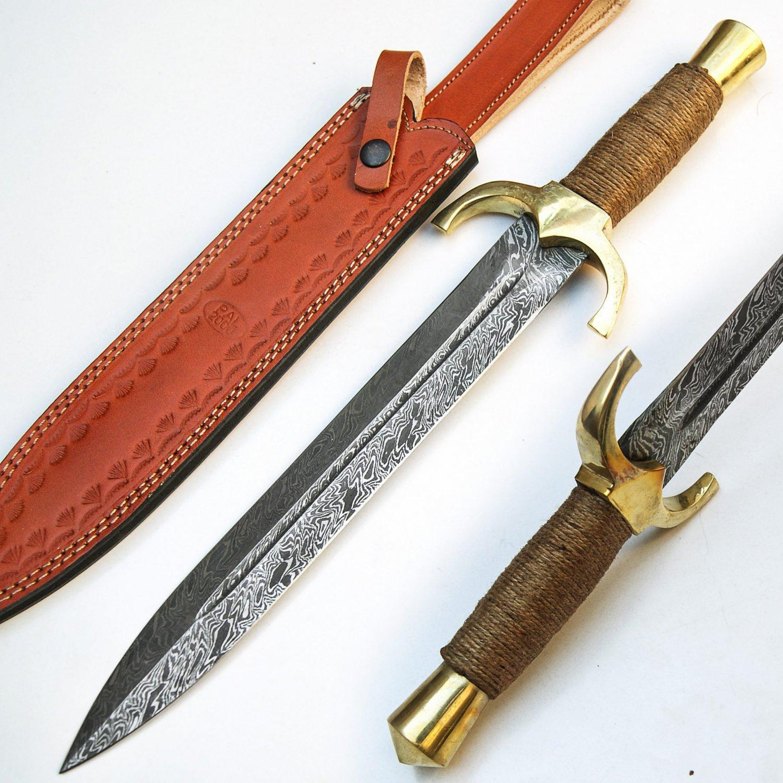 Custom Handmade Damascus Steel Hunting Dagger Knife Top Quality