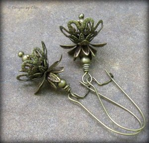 Antique Brass Layered Flower Earrings... Victorian Steampunk Floral Jewelry