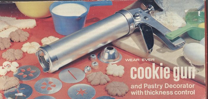 Wear Ever COOKIE GUN Candy Pastry Cookie Press  WearEver Vintage