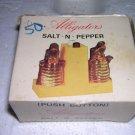 Boxed Alligator SALT-N-PEPPER Push Button Souvenir
