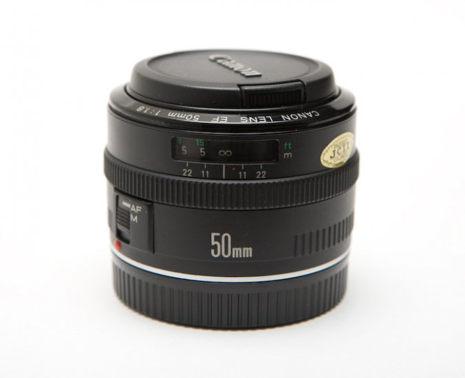 Canon EF 50mm f/1.8 Mark I (Metal Mount)