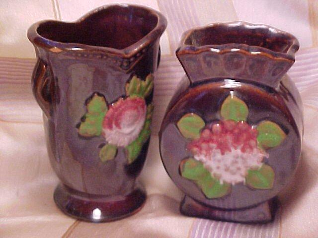 Occupied Japan Set of 2 Warm Primitive Vases