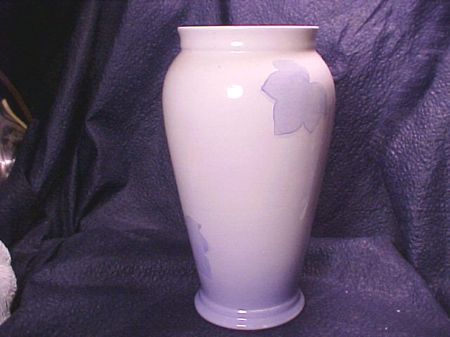 "Fall Blue & White Leaves 8"" Porcelain Vase"