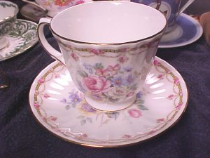 Duchess London Collection Bone China Cup & Saucer