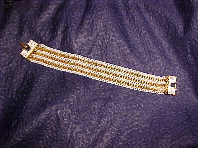 Retro White & Gold Link Wide Chain Bracelet