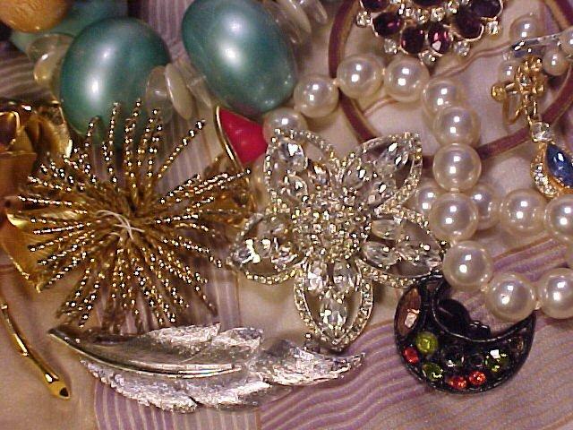 Beautiful Vintage Costume Jewelry Rhinestone Parts & Repair Lot