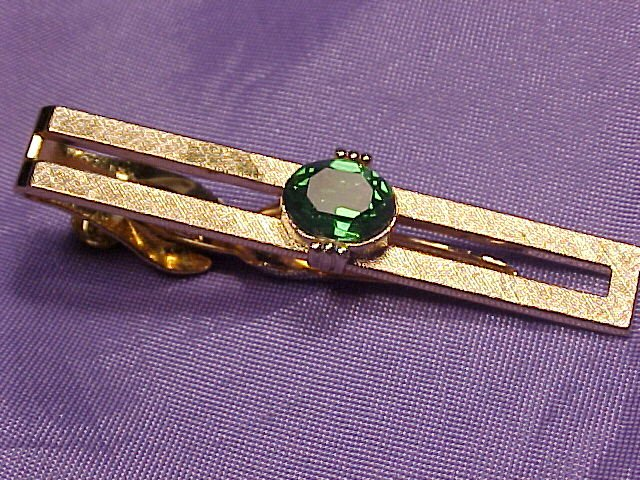 Swank Peridot Green Crystal Tie Scarf Skirt Clip Clasp