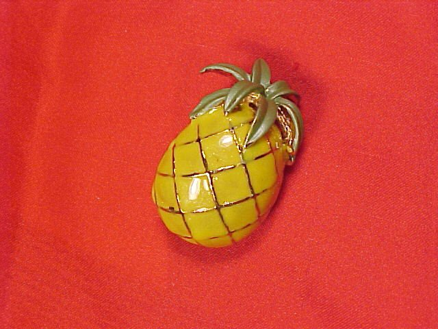Pineapple Enamel Costume Pin Jewelry Brooch PS CO