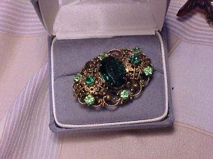 Vtg Green Rhinestone Collar Pin Brooch Costume Jewelry