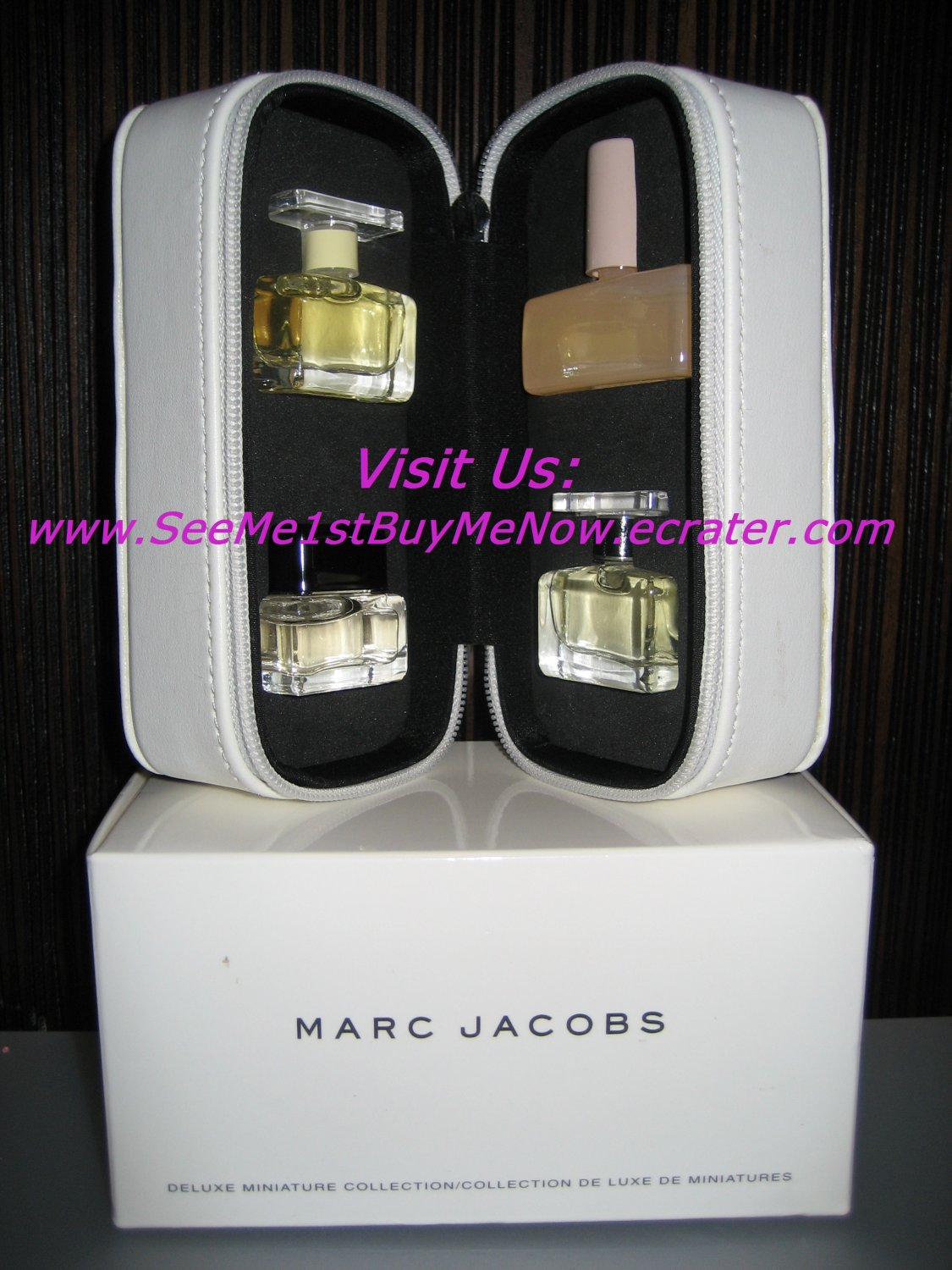 MARC JACOBS deluxe miniature collection WOMENS MENS PERFUME Essence BLUSH  4-piece SET mini travel