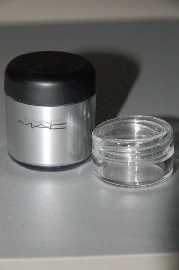 MAC PRO Metal Pigments ~  Silver  ~  1/4 tsp sample