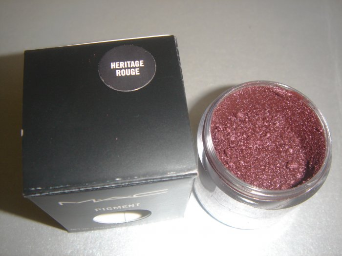 """MAC Ovverich Collection """"Heritage Rouge"""" 1/4 tsp. sample LE"""