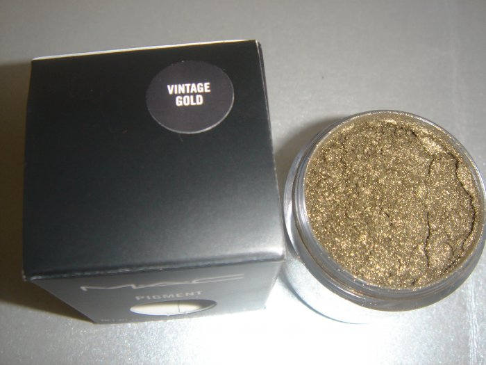 "MAC Ovverich Collection ""Vintage Gold"" 1/4 tsp. sample LE"