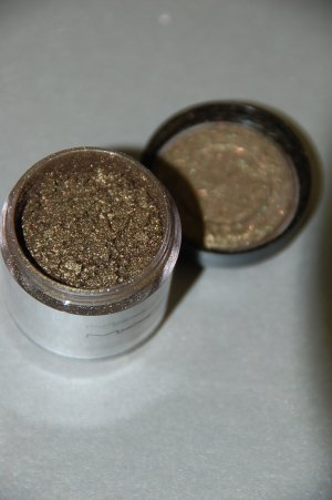 "MAC Pigment Samples ""Copperized"" Rushmetal Collection ~~"