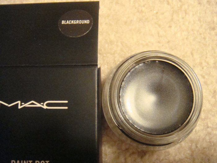 "MAC Paint Pot ""Blackground"" (1/5 tsp) sample~~"