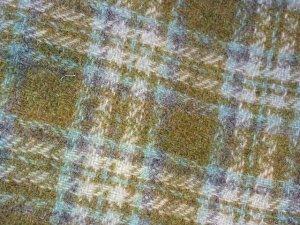 Hand Dyed Primitive Rug Hooking Wool w/ Lanolin - ShornSheep  - Garden Gate -  FAT QUARTER YARD