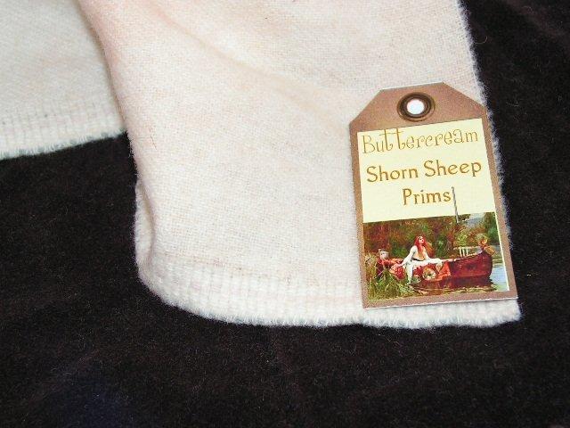 Hand Dyed Rug Hooking Wool w/Lanolin~BUTTERCREAM~Shorn Sheep~Fat Quarter~FREE US SHIP
