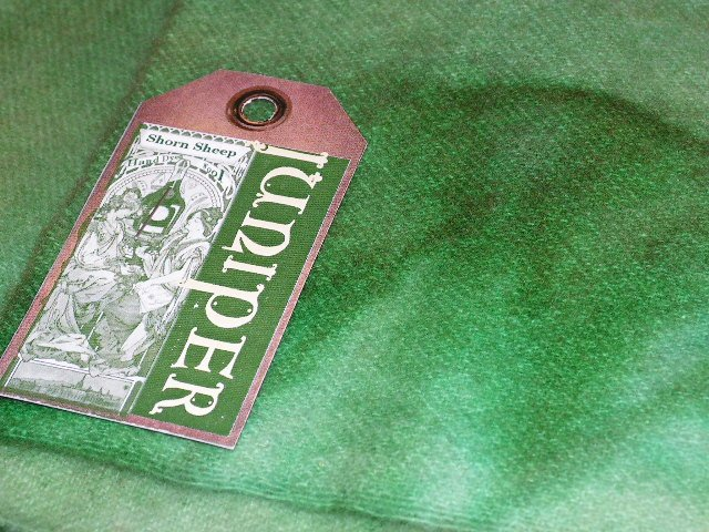 JUNIPER GREEN - Hand Dyed Lanolin Wool - Rug Hook, Quilt, Penny Rug - Shorn Sheep - Free US Ship