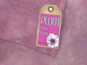 PLUM - Hand Dyed Lanolin Wool - Rug Hook, Quilt, Penny Rug - Shorn Sheep - Free US Ship - 1/4 YD