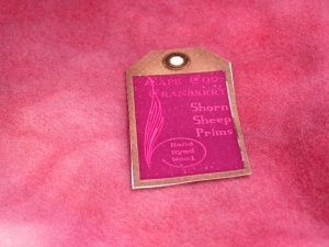 CAPE COD CRANBERRY - Hand Dyed Lanolin Wool - Rug Hook, Quilt, Penny Rug - Shorn Sheep - 1/4 YD