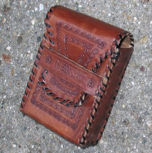 vintage tooled leather case (fits mp3 & cellphone!) mexico