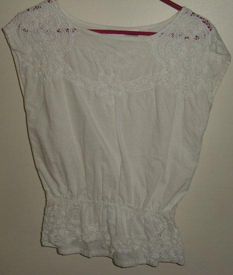 Newport News linen/cotton eyelet blouse